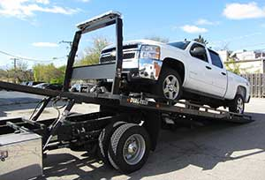 univeral-towing-truck